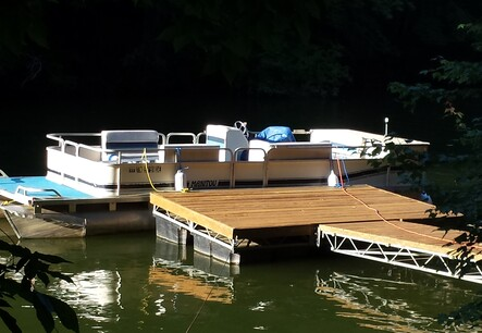 24 ft Manitou Pontoon Boat in Estill Springs, TN - Exchange931 com